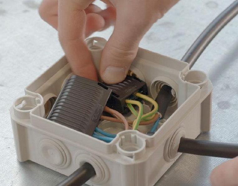 Как сделать в квартире ремонт элетропроводки